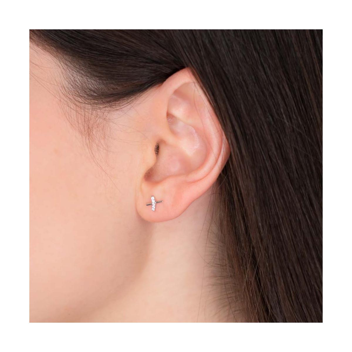 """Boucles d'oreilles or blanc et oxydes de zirconium """"Croisillons"""""""