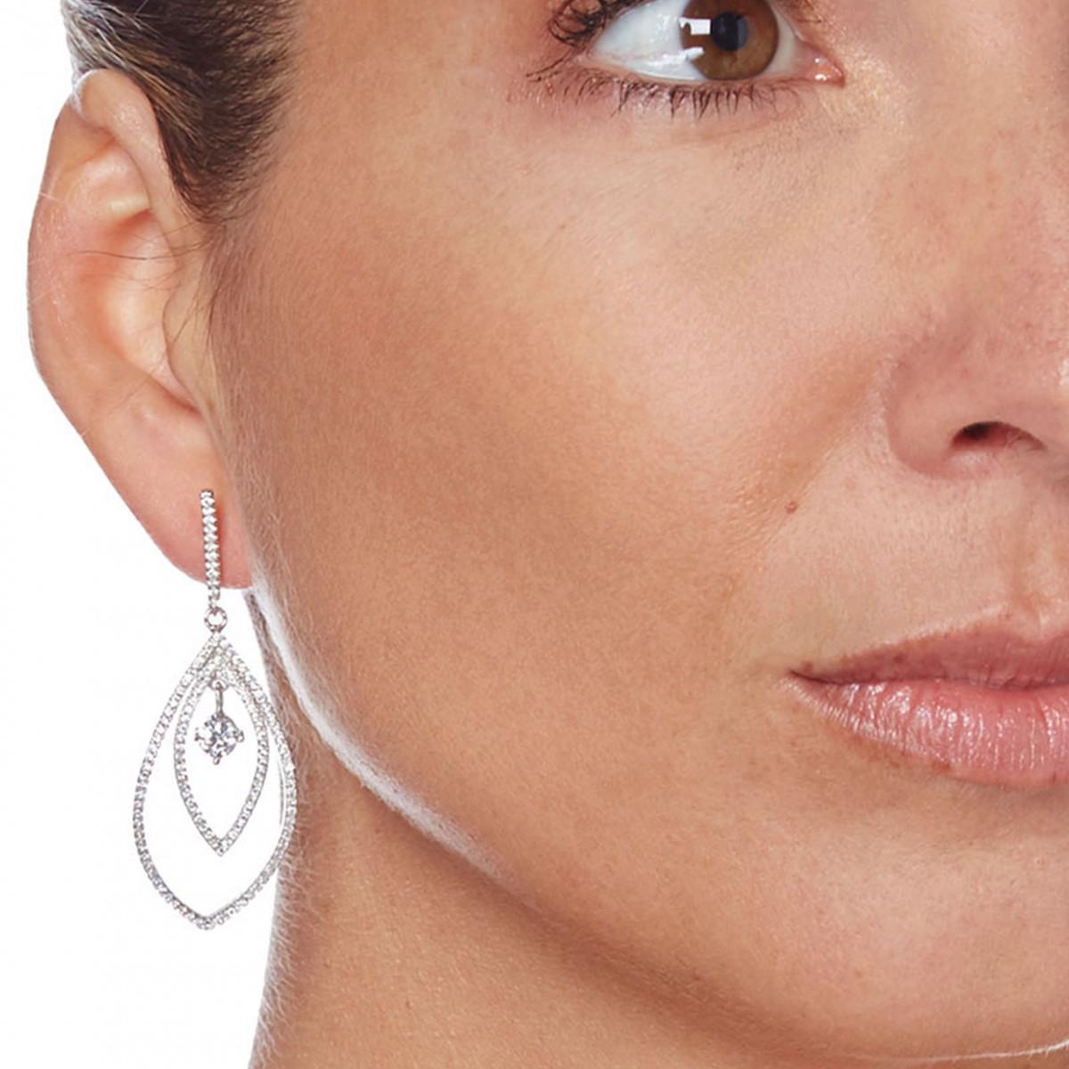 """Boucles d'oreilles en argent et oxydes de zirconium """"Brillant Encerclé Majestueux"""""""