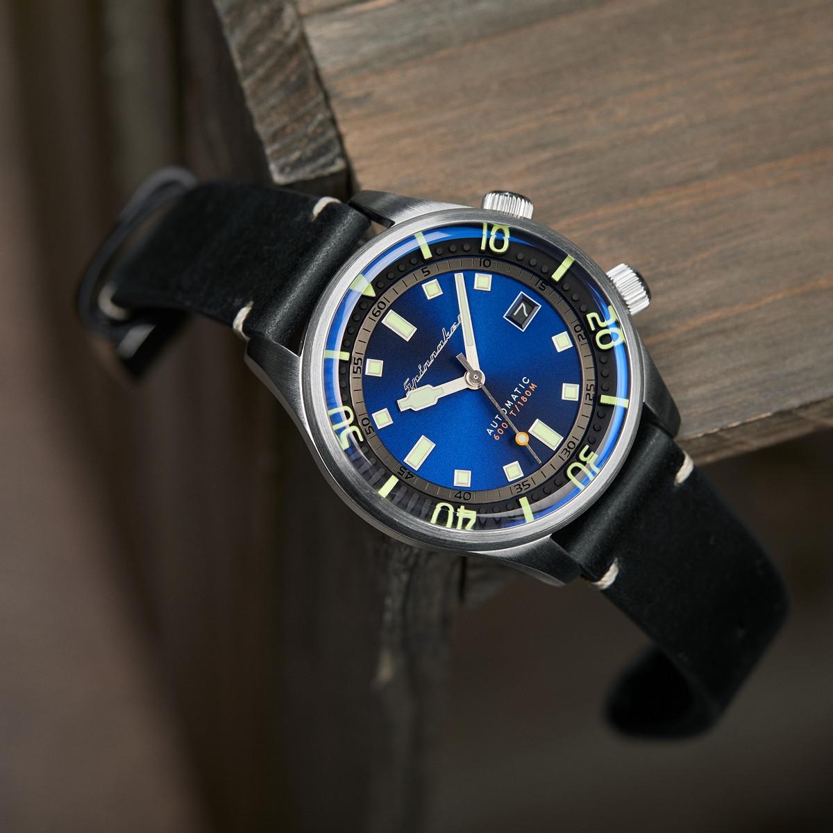 Montre Homme Spinnaker BRADNER Automatique Cadran bleu Bracelet cuir noir